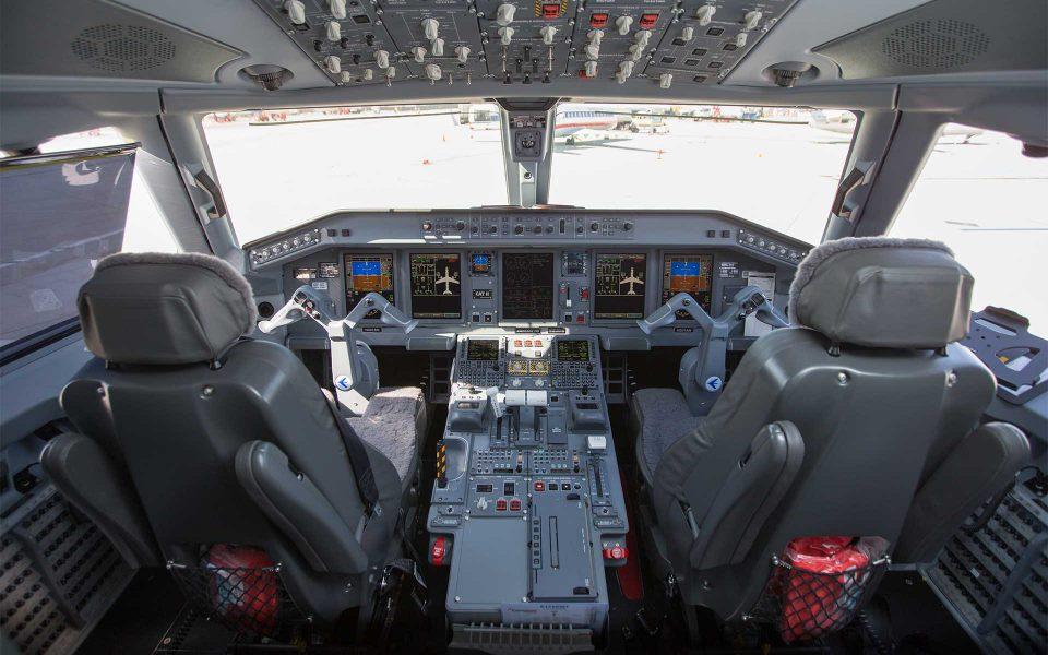 pilot-hero