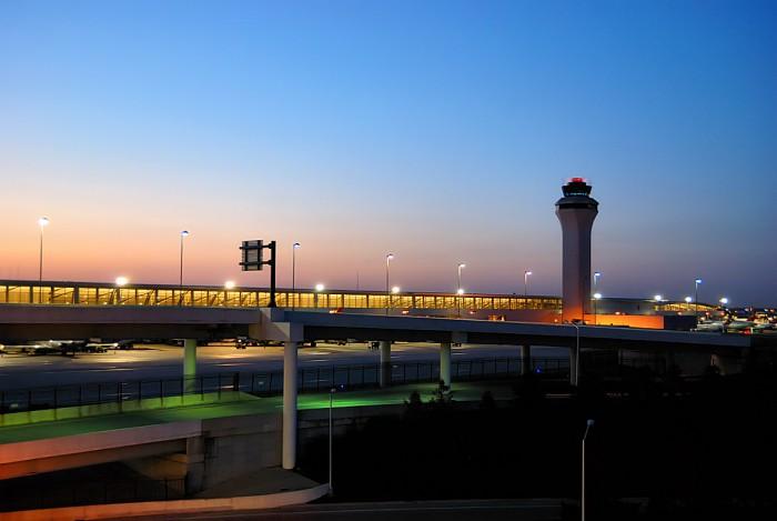 Detroit_Metropolitan_Wayne_County_Airport_DTW-700x469