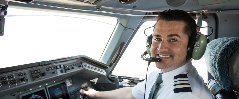 Now offering industry-leading pay to new pilots! | Envoy Air