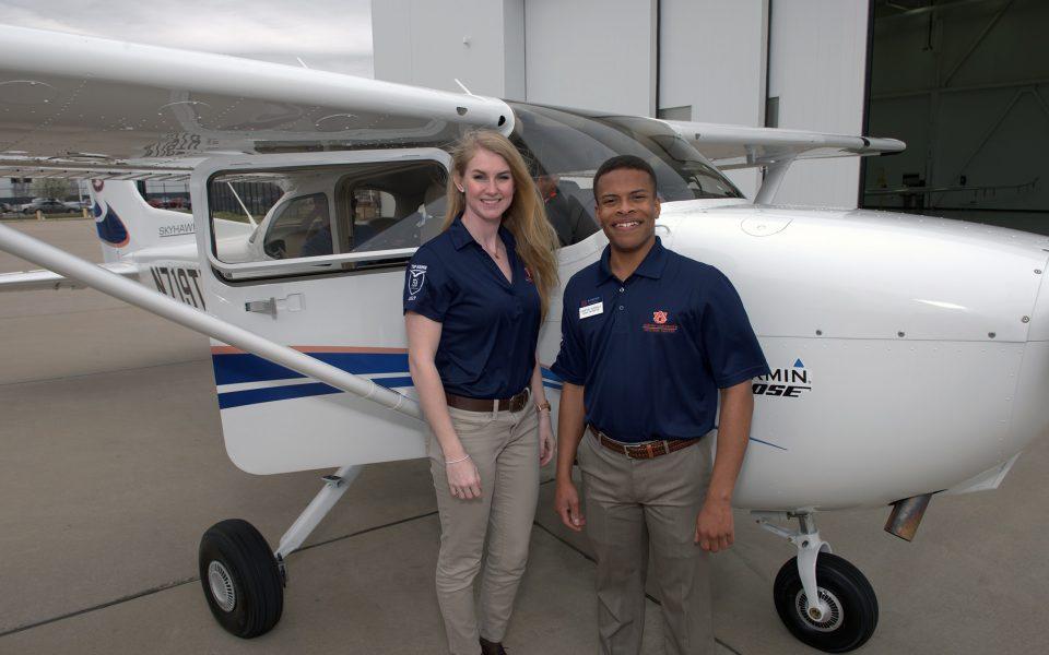 Auburn Students Cessna Factory