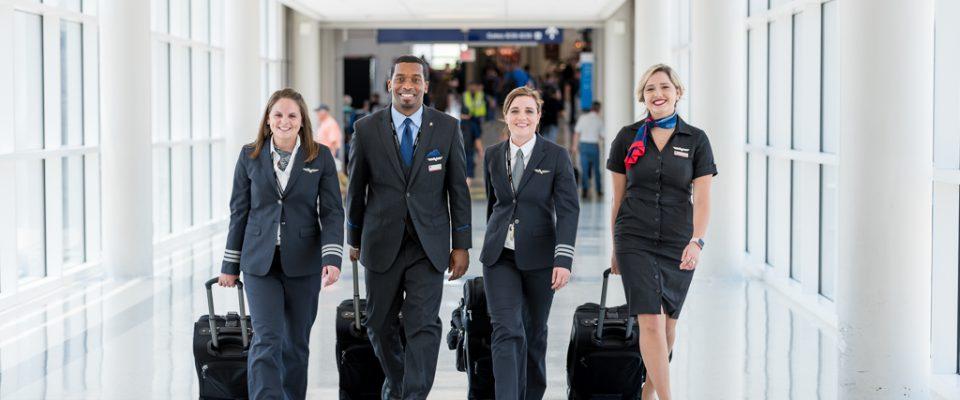 Envoy-Flight-Crew