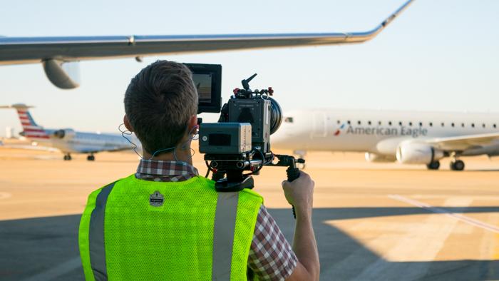 IMG-DFW-FLT-Flying-mag-video-BTS-4