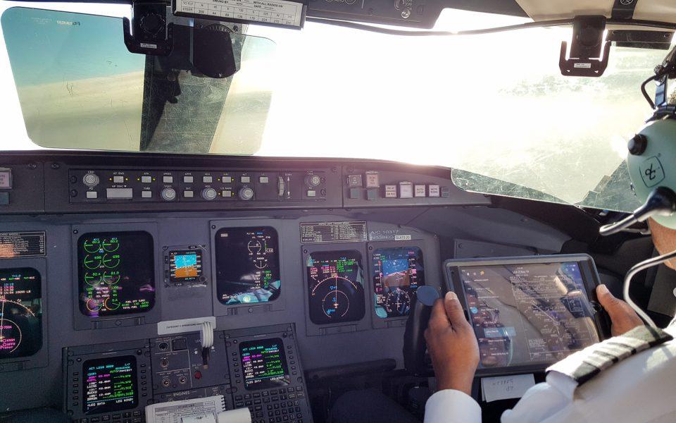 IMG_CRJ-700-FO