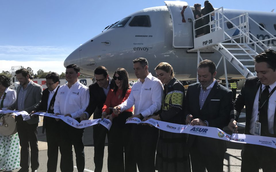 Ribbon cutting ceremony upon flight arrival in Oaxaca