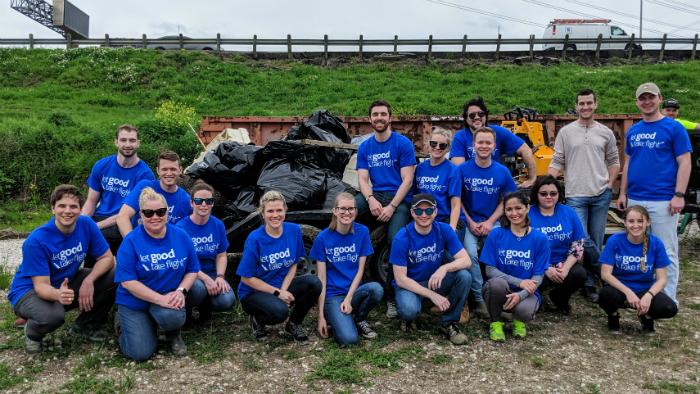 IMG_EHQ_Earth_Day_April_2019_Volunteering-700x