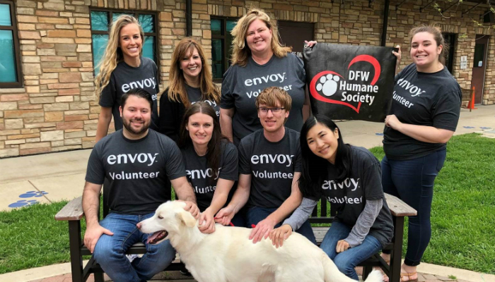 IMG_PS_DFW_Humane_Society_Volunteering_March_2019