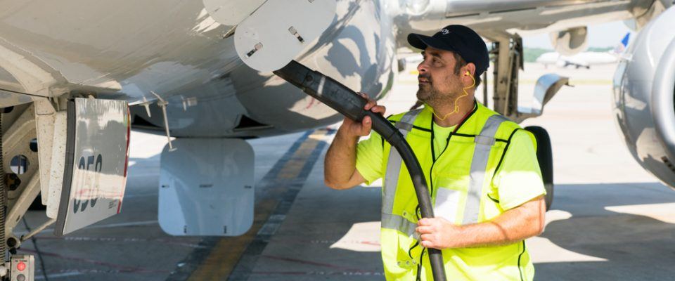 Envoy agent maintaining aircraft